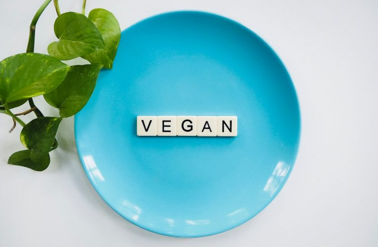 Ten Awesome Vegan Cooking Channels